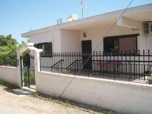 Detached House 80 m², Agioi Theodoroi