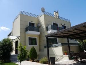 Detached House 260 m², Kifisia, Athens - North