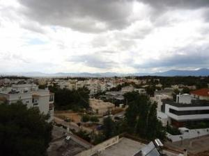3 BDR Apartment, 15 km north of Athens
