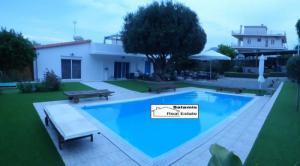 Villa 100 m², Aiantio, Salamina
