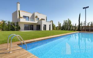 Luxury Villa in Rafina (Eastern Athens)