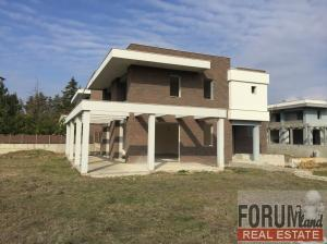 CODE 10272 - Detached House for sale Panorama