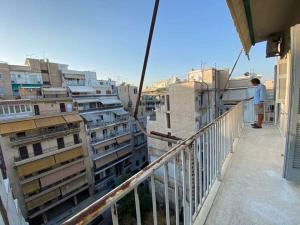ΠΕΙΡΑΙΑΣ ΤΕΡΨΙΘΕΑ:Ανακαινισμενο οροφ/σμα ρετιρε 6ου ορ